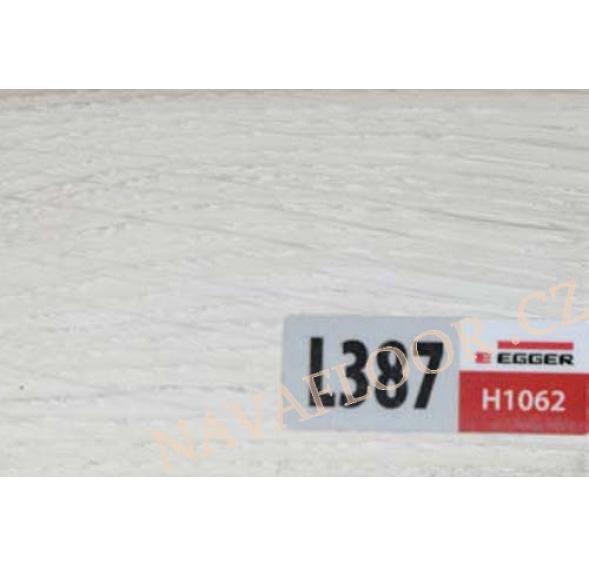 Soklová lišta Egger L387